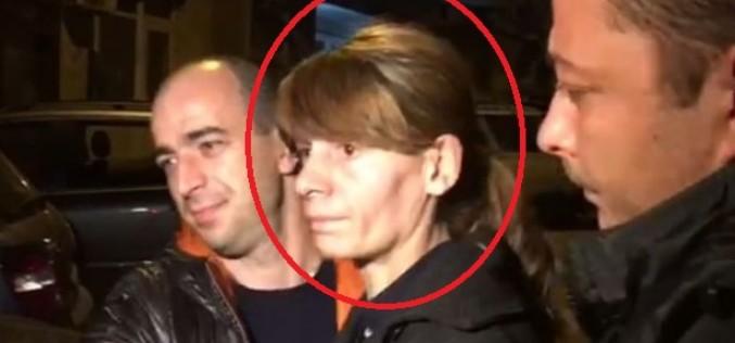 Iată cine e criminala de la metrou prinsă de poliţie la miezul nopţii!