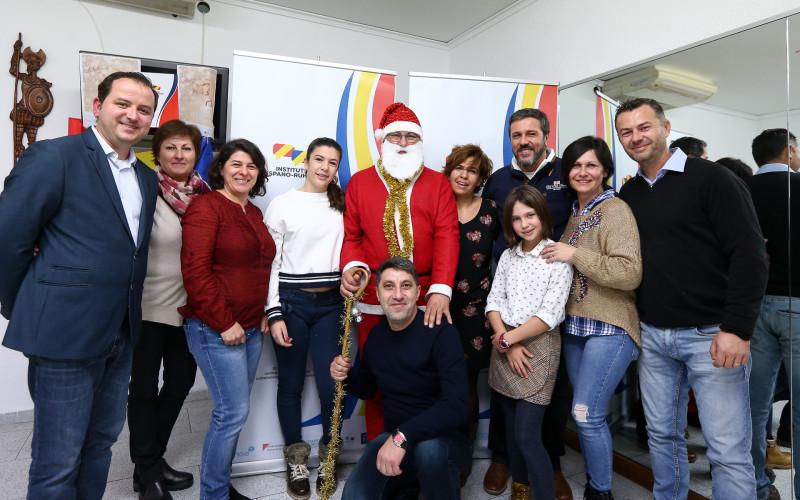 """Institutul Hispano Român din Castellon a organizat """"Atelierul lui Moş Crăciun"""""""