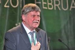 Moarte subită în Parlament. Senatorul UDMR, Verestoy Attila a încetat din viaţă. Era unul dintre cei mai bogaţi politicieni