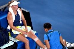Caroline Wozniacki a trișat în finala cu Halep. S-a dat accidentată ca să o scoată din ritm pe româncă!