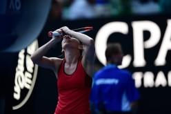 Simona Halep a fost amendată de organizatorii Australian Open. Iată din ce motiv!