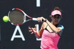 Mihaela Buzărnescu, învinsă categoric de Caroline Wozniacki în primul tur la Australian Open