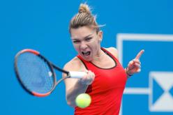 Simona Halep, victorie dramatică în semifinale la Roma. A bătut-o pe Sharapova!