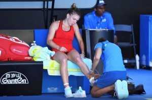 simona halep accidentare australian open