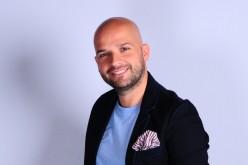 Andrei Ștefănescu şi Nasrin Ameri vor prezenta matinalul de weekend la Antena Stars