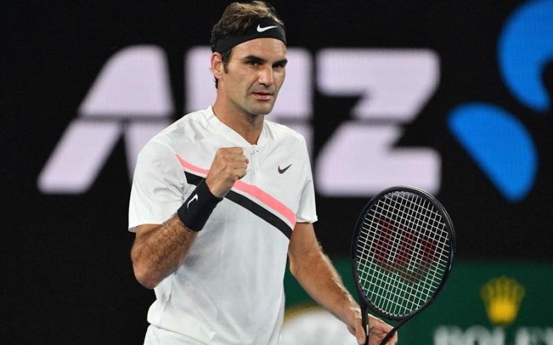 Roger Federer rescrie istoria tenisului mondial. Redevine numărul unu mondial după o pauză de 5 ani!