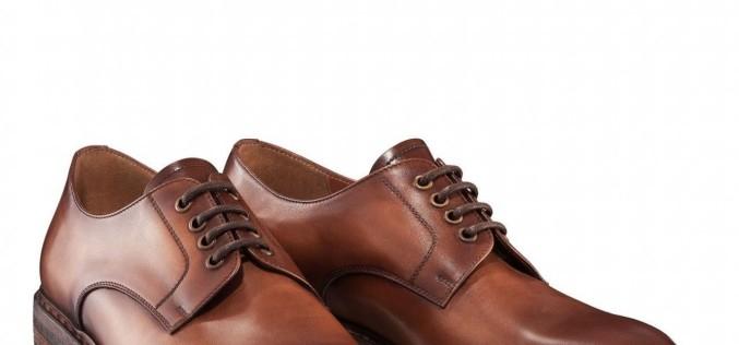 Cum aleg bărbații pantofii casual potriviți?