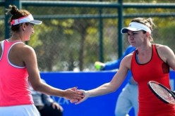 Simona Halep şi Irina Begu, înfrângere dramatică în turul doi la dublu la Miami