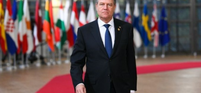 Klaus Iohannis, somat de Ministrul Finanţelor din cauza datoriilor: Dacă nu dă banii, va fi executat!!!