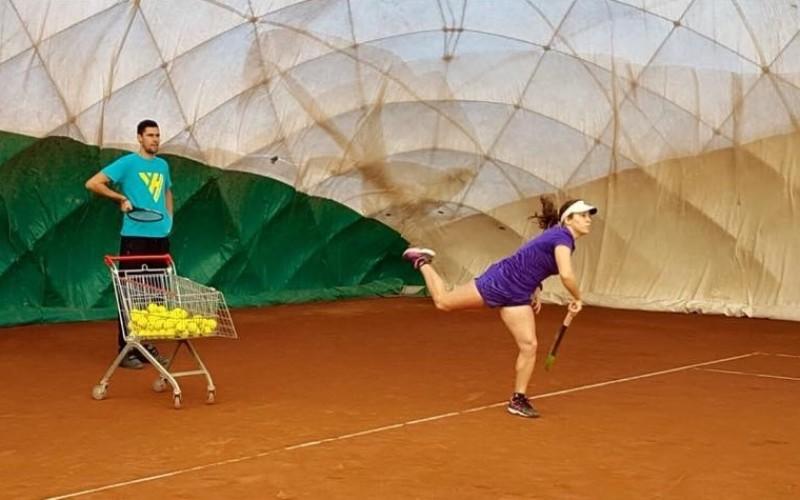 Victor Hănescu oferă burse copiilor care vor să joace tenis de câmp