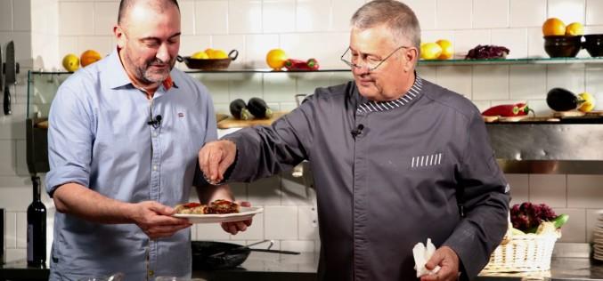 Un fin intelectual de la TVR, aterizează în bucătăria lui Dinescu