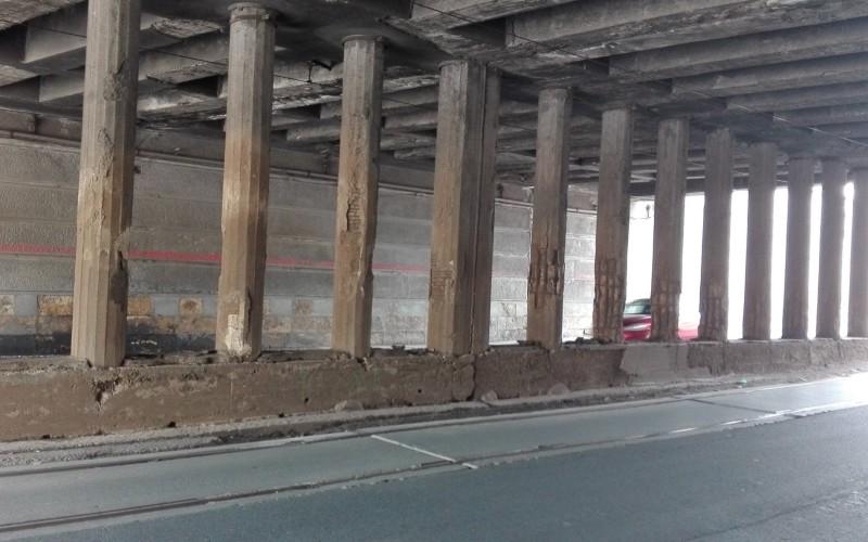 CFR anunţă că va repara Podul Constanţa, după ce presa a prezentat starea avansată de degradare a podului