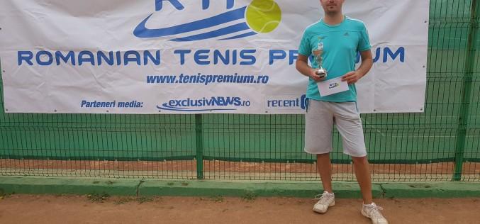 Roberto Avram a câştigat turneul RTP Tenis Cup 2018. Primul trofeu în cadrul circuitului RTP!