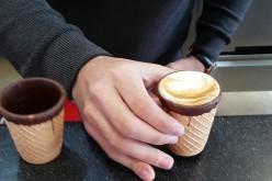 Ceștile de cafea comestibile au ajuns şi în România. Iată ce gust au!