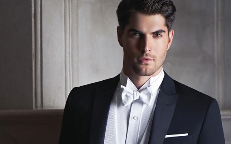 Îmbrăcămintea de petrecere, perfectă pentru bărbați