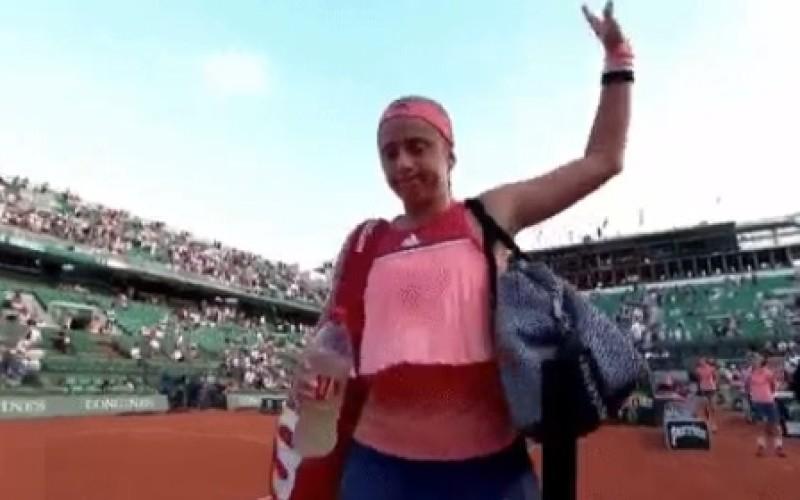 Eliminare bomobă la Roland Garros. Jelena Ostapenko, deţinătoarea trofeului, eliminată în primul tur!