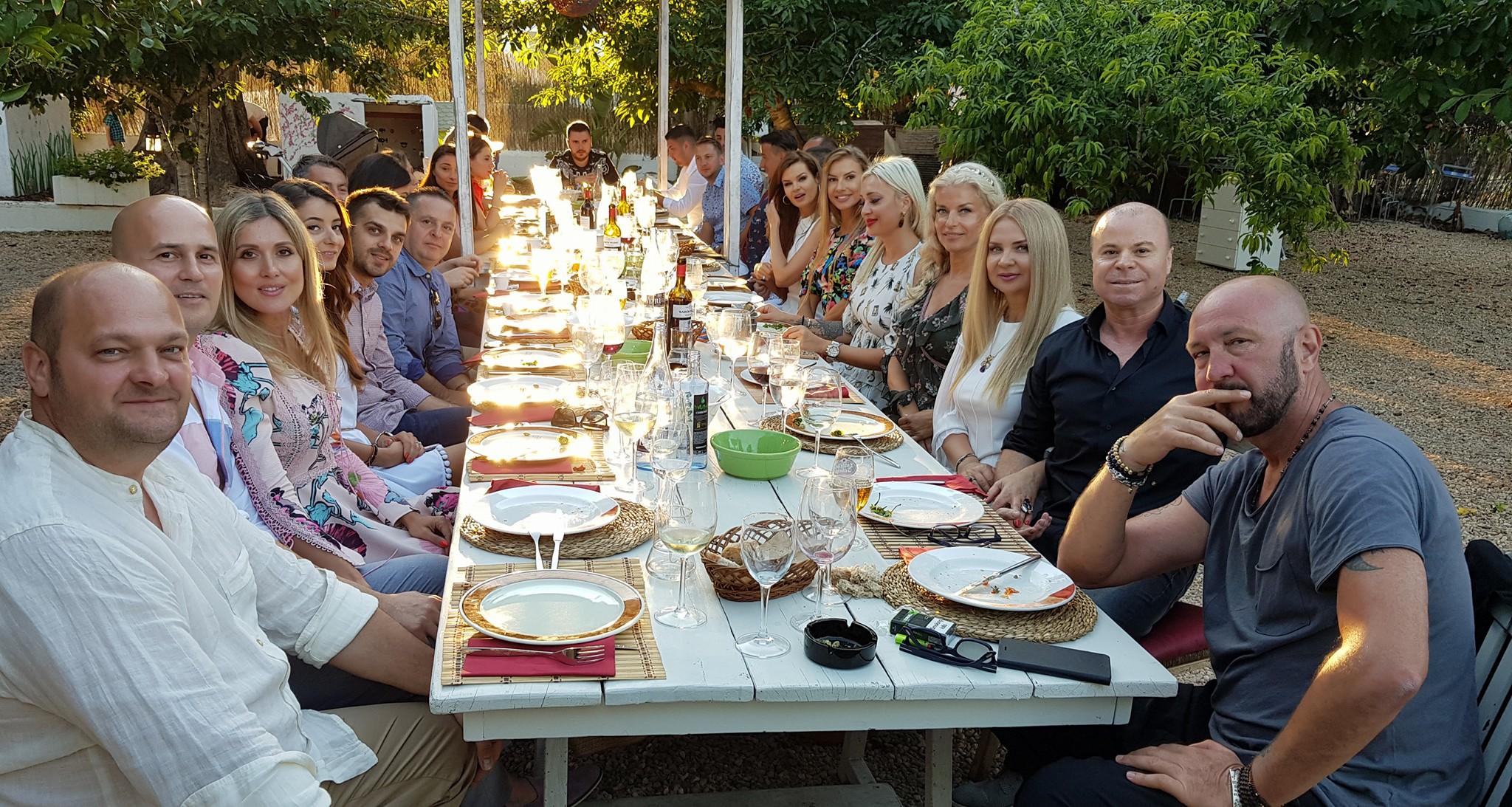 Raluca Zenga petrecere de mot