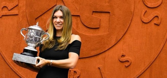 Simona Halep, umilită de francezi la scurt timp după câştigarea Roland Garros