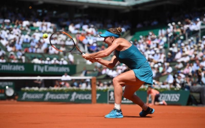 Simona Halep primeşte susţinere din partea a trei legende ale tenisului