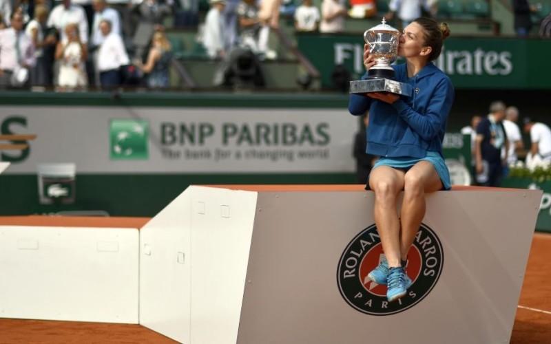 Performanţa uriaşă stabilită de Simona Halep după ce a câştigat Roland Garros