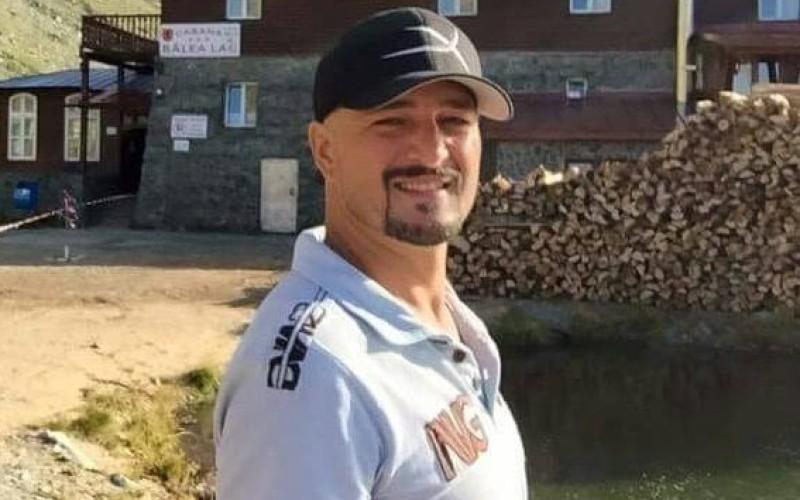 Cascadorul Cosmin Pădureanu vrea să câştige marele premiu la reality show-ul Ultimul Trib