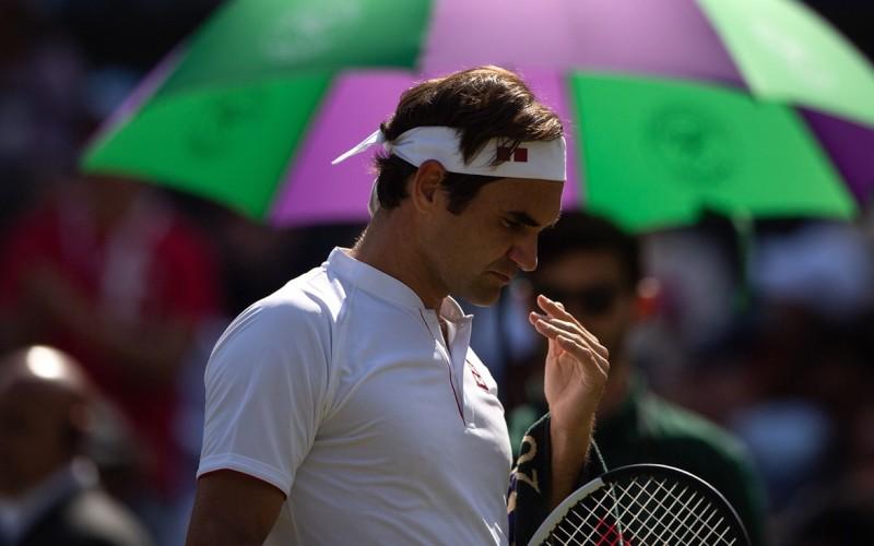 Eliminare şocantă la Wimbledon. Invincibilul Federer, răpus de uriaşul Kevin Anderson