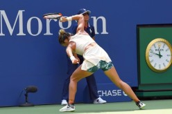 Simona Halep, amendată pentru că a distrus racheta de tenis la US Open