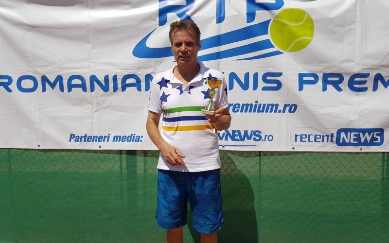 Fabulos. La 60 de ani, Nicolae Vlase devine campion în circuitul RTP. A câştigat RTP Bucureşti Cup