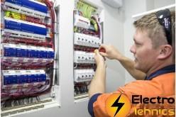 Cine se ocupa de verificarea PRAM a panourilor electrice pentru tine?
