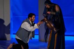 """Premieră la Teatrul """"Stela Popescu"""" – Hoţul de mărgăritare"""