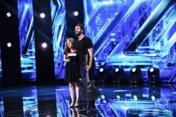 Un susținător ajunge din culisele X Factor România, direct pe scenă