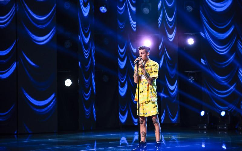 Delia, surprinsă de un italian pe scena X Factor