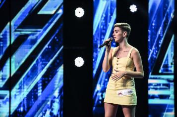 Carla's Dreams, intrigat de o concurentă la X Factor România