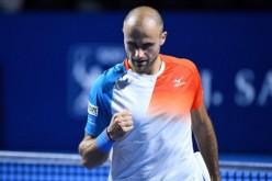 Marius Copil a pierdut dramatic finala de la Basel în faţa lui Roger Federer