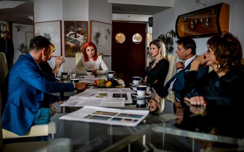 """Lovitură grea pentru familia Caragea în episod 11 al sezonului 2  din serialul """"Fructul oprit"""""""