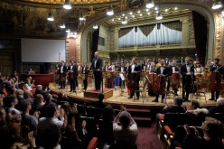 Orchestra Română de Tineret şi Cristian Mandeal cântă la Bucureşti, Paris, Basel