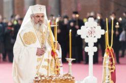 Salariul Patriarhului Daniel stârnește controverse. Iată câţi bani primeşte lunar de la stat