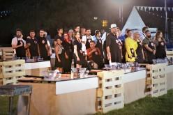 Chefii își aleg bucătarii și află culorile tunicilor în care vor lupta