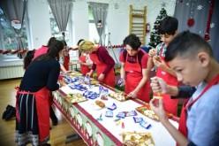 Copiii din SOS Satele Copiilor București, cadouri dulci de Crăciun de la Dr. Oetker