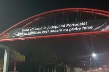 """Iată cu ce mesaj sunt întâmpinaţi şoferii care ajung în Prahova: Bine aţi venit în judeţul lui Portocală"""""""