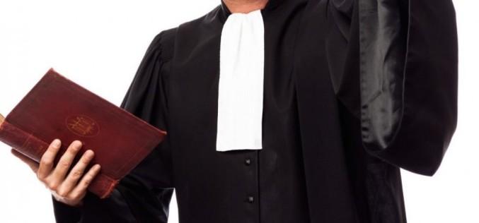 Ce rol îndeplinește avocatul în drept penal?
