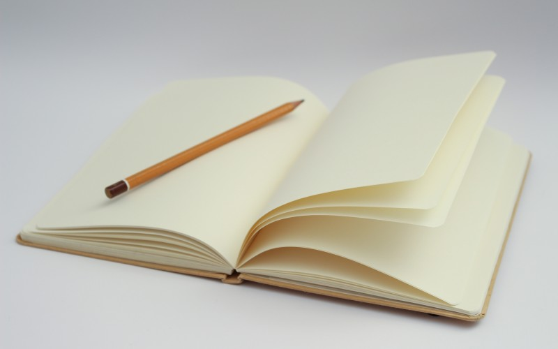4 Things You Can Do with a Custom Diary