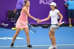 Irina Begu şi Monica Niculescu, victorie dramatică în finala de dublu a turneului din Thailanda