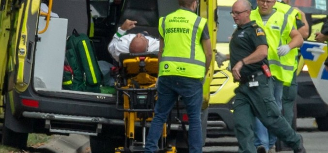Măcel la două moschei din Noua Zeelandă. Cel puţin 49 de persoane au fost ucise