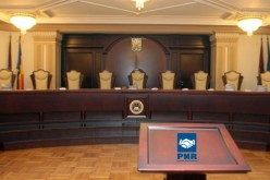 Semnăturile pentru europarlamentare, aproape de anulare. Tribunalul Bucureşti admite cererea PNR de sesizare a CCR