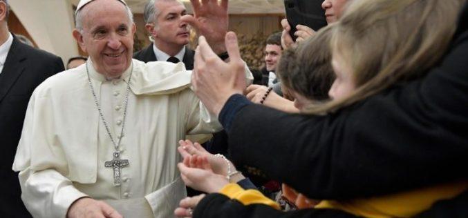 TVR oferă 10 motve pentru care românii să urmărească vizita Papei Francisc