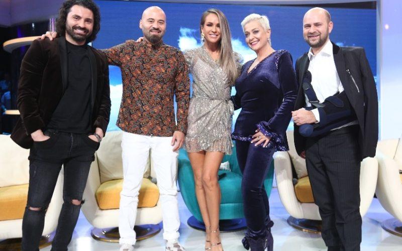 Monica Anghel, Andreea Bănică, Matteo și Marcel Pavel descoperă măștile la Scena misterelor