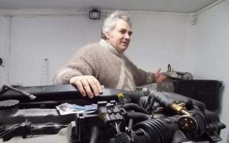 Un român a creat mașina care merge 5000 de km cu trei litri de apă