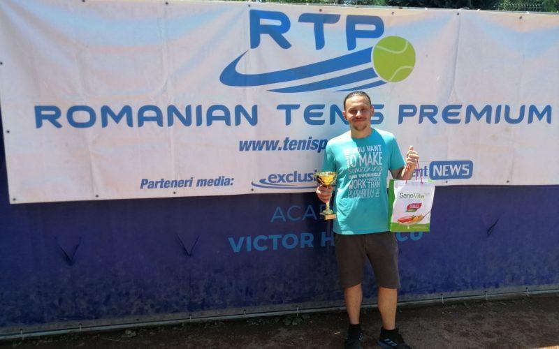 Iulian Ciucă a dat lovitura la RTP. Cucerit primul său trofeu în circuitul de tenis
