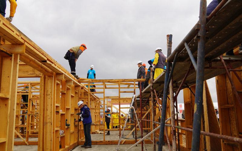 240 de voluntari Habitat for Humanity România vor construi în 5 zile, 10 case pentru 10 familii nevoiaşe